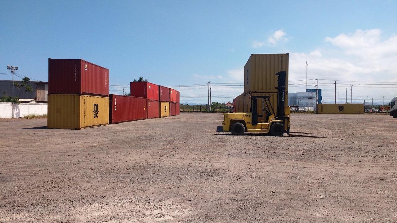 Patio / Armazenagem de Containers