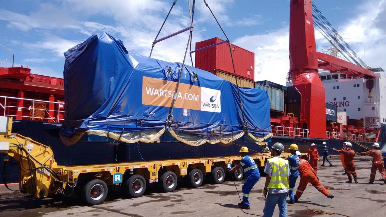 Operação no porto Tecon<br> Salvador - BA